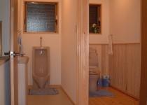 土間スペースに浴室とトイレを新設