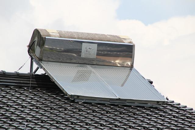 太陽熱温水器の修理