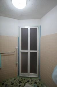 浴室のアルミ戸