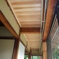 50年間、天井の無かった縁側に、杉板の天井板を