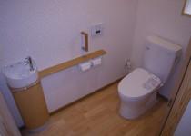 倉庫を改造して水洗トイレに