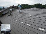 屋根を葺き替えて太陽光発電設置